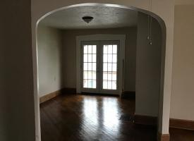 Primary image of 716 1/2 W State st